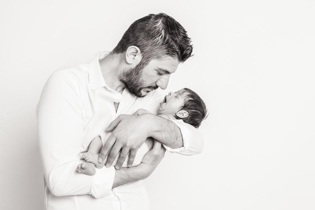 foto new born con papà