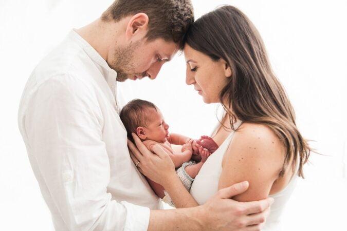 foto newborn con genitori